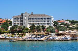 Photo of Cesme Ladin Hotel