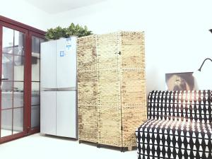 Mainland Chinese Citizens - Single Room with Shared Shower and Toilet