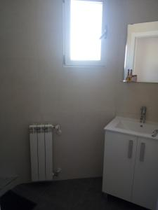 Charming Duplex, Apartmanok  Alicante - big - 4