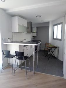 Charming Duplex, Apartmanok  Alicante - big - 8