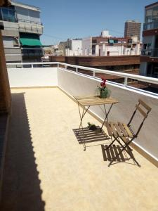 Charming Duplex, Apartmanok  Alicante - big - 19