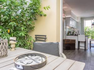 Santo Spirito Courtyard, Apartments  Florence - big - 31
