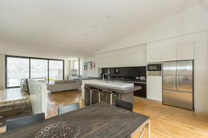 Lakeshore Springs Apartments, Apartmanok  Wanaka - big - 5