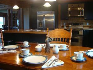 A Breath of Heaven B&B, Bed & Breakfast  Traverse City - big - 25