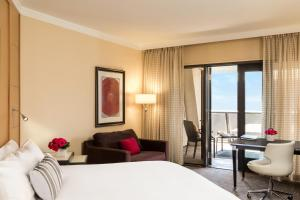 Suite Lit King-Size Beverly - Vue sur Beverly Blvd