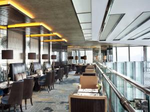 The Ritz-Carlton Hong Kong - 7 of 28