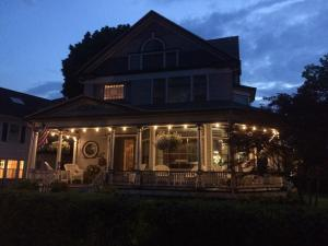 Lady of the Lake, Bed and Breakfasts  Skaneateles - big - 33