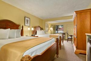 Travelodge Suites East Gate Orange Kissimmee