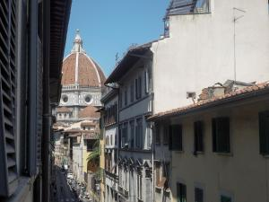 Duomo super central 2 bedrooms, Apartmanok  Firenze - big - 21