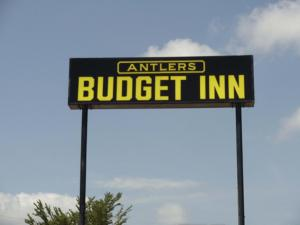 Photo of Antlers Budget Inn