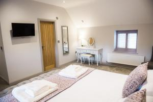Rutland Water Courtyard Rooms, Hotel  Oakham - big - 2