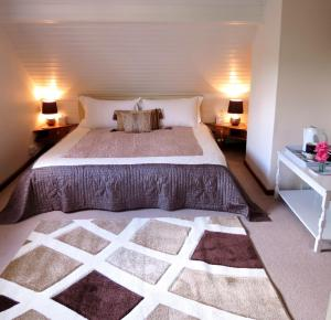 Stones Throw B&B, Bed and Breakfasts  Llandissilio - big - 35
