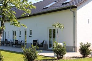 272 Bed & Breakfast, Bed and Breakfasts  Esbjerg - big - 1