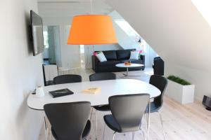 272 Bed & Breakfast, Bed and Breakfasts  Esbjerg - big - 2