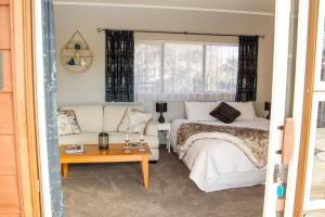 Martinborough Experience B&B, Bed & Breakfast  Martinborough  - big - 4