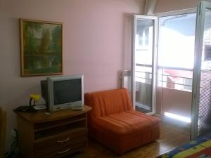 NEW Ohrid Lagadin Apartment by the lake, Apartmány  Lagadin - big - 13