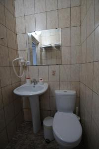 Lotos Hotel, Hotels  Divnomorskoye - big - 35