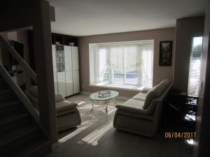 Luxury Duplex North Vancouver, Penziony  North Vancouver - big - 4