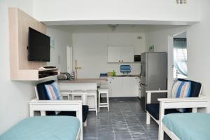 One-Bedroom Apartment (4 Adults) - 2