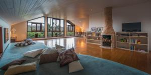 King Room with Mountain View - Zen Loft