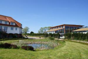 Rondell an der Jasmund-Therme Neddesitz, Apartments  Neddesitz - big - 44