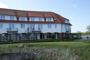 Rondell an der Jasmund-Therme Neddesitz, Apartments  Neddesitz - big - 28