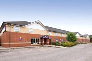 Premier Inn Bradford South in Cleckheaton, West Yorkshire, England
