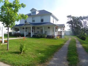 Photo of Gite La Maison Rehel Bed And Breakfast