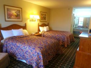Double Room with Two Double Beds Nonsmoking
