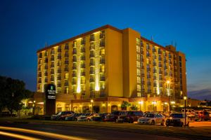Embassy Suites Tulsa - I-44