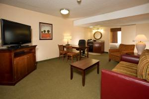 Two Double Beds Suite - Disability Access