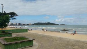Edificio Gian Luca /Praia do Morro, Apartments  Guarapari - big - 9