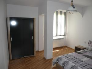Apartments Kaloyan, Apartments  Veliko Tŭrnovo - big - 16
