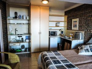 Studio Apartment - Karveel
