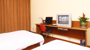 Photo of Super 8 Hotel Hangzhou Fengqi Road
