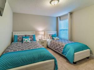 Oakbourne Avenue 5369, Vily  Davenport - big - 5