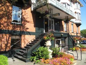 James Bay Inn Hotel, Suites & Cottage, Hotel  Victoria - big - 69