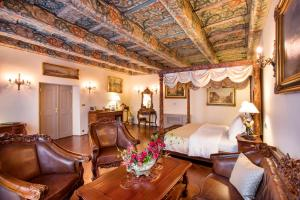 The Iron Gate Hotel & Suites (14 of 107)