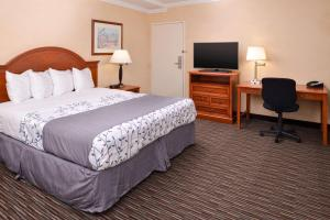 King Room with Disability Access