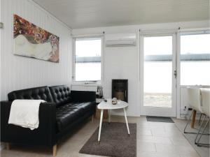 Two-Bedroom Holiday Home in Pandrup, Nyaralók  Rødhus - big - 6