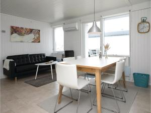 Two-Bedroom Holiday Home in Pandrup, Nyaralók  Rødhus - big - 15