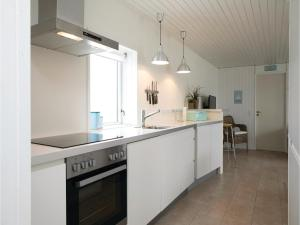 Two-Bedroom Holiday Home in Pandrup, Nyaralók  Rødhus - big - 14