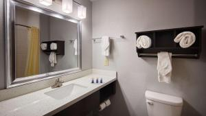 Best Western Plus Lonestar Inn & Suites, Hotely  Colorado City - big - 34