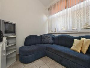 Two-Bedroom Apartment 0 in Porec, Apartmanok  Poreč - big - 6