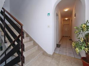 Two-Bedroom Apartment 0 in Porec, Apartmanok  Poreč - big - 5