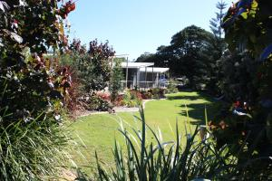 Fingal Bay Holiday Park - , New South Wales, Australia