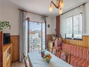 Two-Bedroom Apartment in Pula, Ferienwohnungen  Pula - big - 8