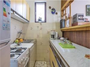 Two-Bedroom Apartment in Pula, Apartmány  Pula - big - 14
