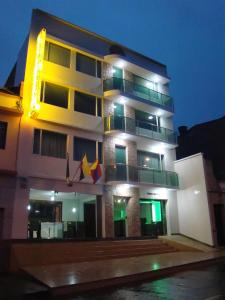 Photo of Apartahotel Vincent Suites