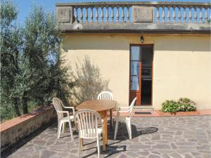Holiday home Pod. La Costa - Cellai, Holiday homes  Troghi - big - 10